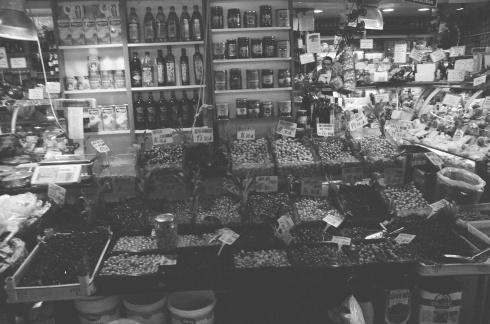 Olives in the market at Kadiköy